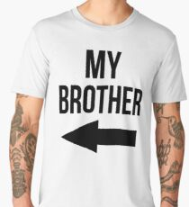 MY BROTHER / SISTER SPORT FOOTBALL KISS CAM FUNNY Men's Premium T-Shirt