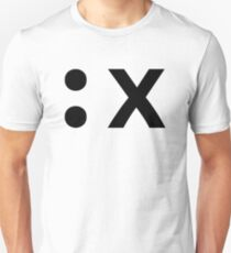 :x How to exit the Vim editor - Black Text Design T-Shirt