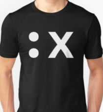 :x How to exit the Vim editor - White Text Design T-Shirt