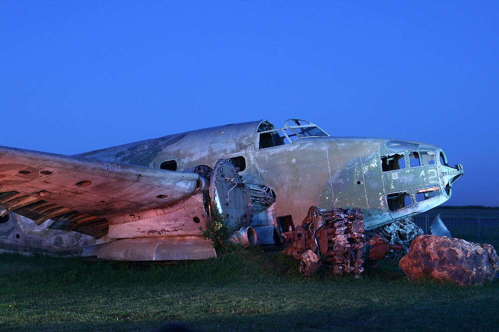 Old Aircraft by rozi