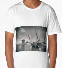 Monnickendam The Netherlands Sailing ships moored in the harbour. Long T-Shirt