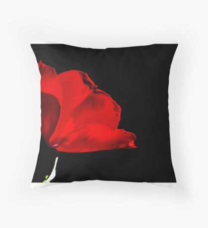 Mustic red and black Throw Pillow