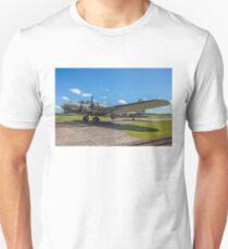 "Boeing B-17G Fortress II G-BEDF ""Sally B"" T-Shirt"