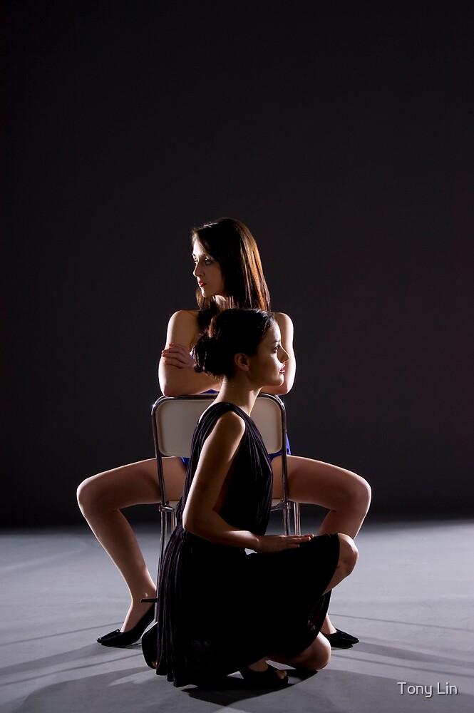 Kristina and Chloe Jane by Tony Lin
