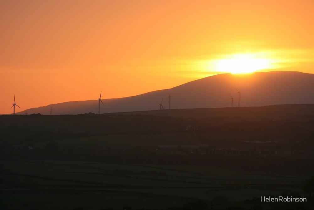 setting sun by HelenRobinson