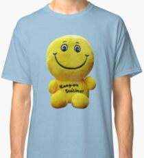 Keep on Smiling! - Happy Face Classic T-Shirt