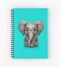 Cuaderno de espiral Lindo bebe elefante del bebé con gafas de lectura en azul