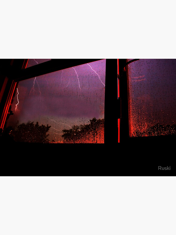 Stormy Night (3am 28/05/08) by Ruski