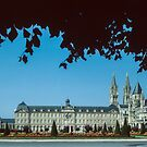 L Abbaye aux Hommes Caen 19840819 0008  by Fred Mitchell