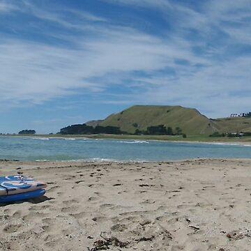 Board beach by mauriandbrio