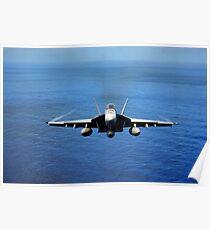 Eine F / A-18E Super Hornet über dem Pazifischen Ozean. Poster