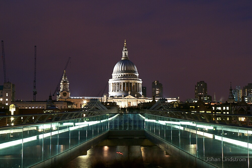 St Pauls Cathedral  by Johan Lindstrom