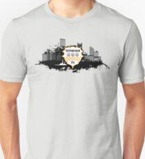 Pittsburgh Disstress Skyine Unisex T-Shirt