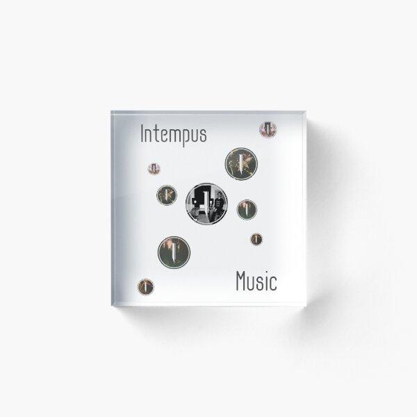 Intempus Circular  Acrylic Block