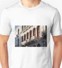 Classical Italian marble building facade with columns, arches and balcony  T-Shirt