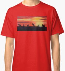 Roos on the horizon Classic T-Shirt