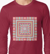 Ethnic seamless pattern with triangle and abstract geometric ornament T-Shirt