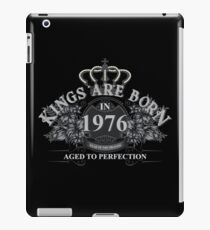 Kings Are Born In 1976 Year Of The Dragon Vintage Style - Birthday Gifts For Men iPad Case/Skin