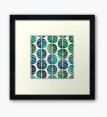 i love Green Leaf Framed Print