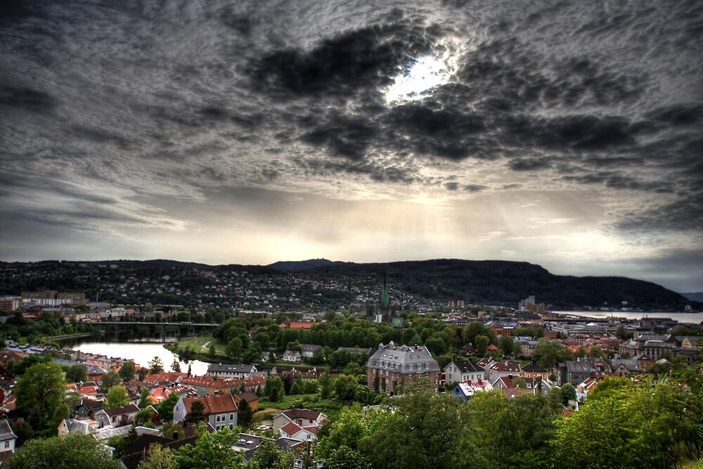 Trondheim by Bjørn Hovland Børve