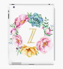 Watercolour floral initial wreath letter Z iPad Case/Skin