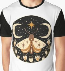 Between two moons Graphic T-Shirt