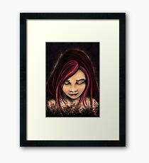 Fille aux cheveux rouges Framed Print