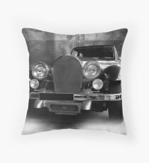 1978 panther de ville, panther westwinds Throw Pillow