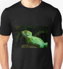 Green Iguana, the beautiful reptile T-Shirt