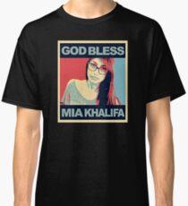 a beauty mia Classic T-Shirt