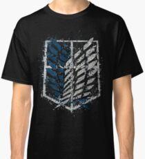 AoT Recon Corps Crest - Paint Splatter Classic T-Shirt