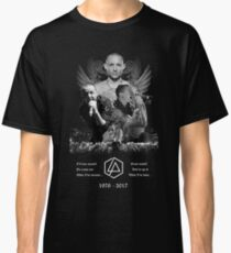 never die Classic T-Shirt