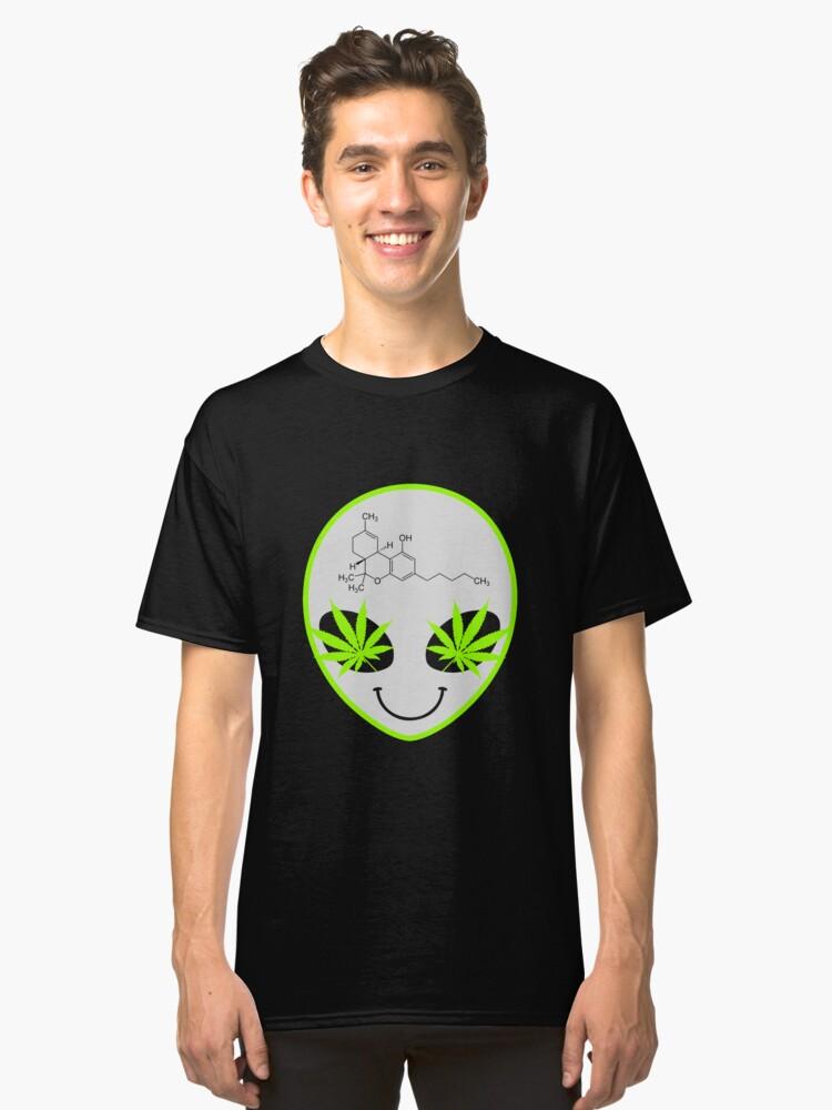 Alien Weed Art Design Classic T-Shirt Front