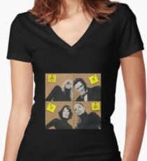 Assassins Women's Fitted V-Neck T-Shirt