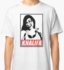 khalifa a sexy baby girl Classic T-Shirt