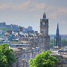 Edinburgh by Tom Gomez