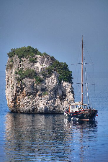 Rock Boat by KarenM