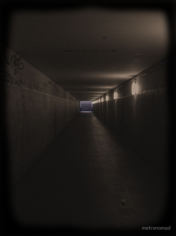 Tunnel by metronomad