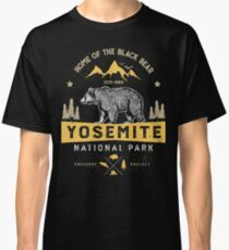 Yosemite National Park California T shirt - Vintage Bear Classic T-Shirt