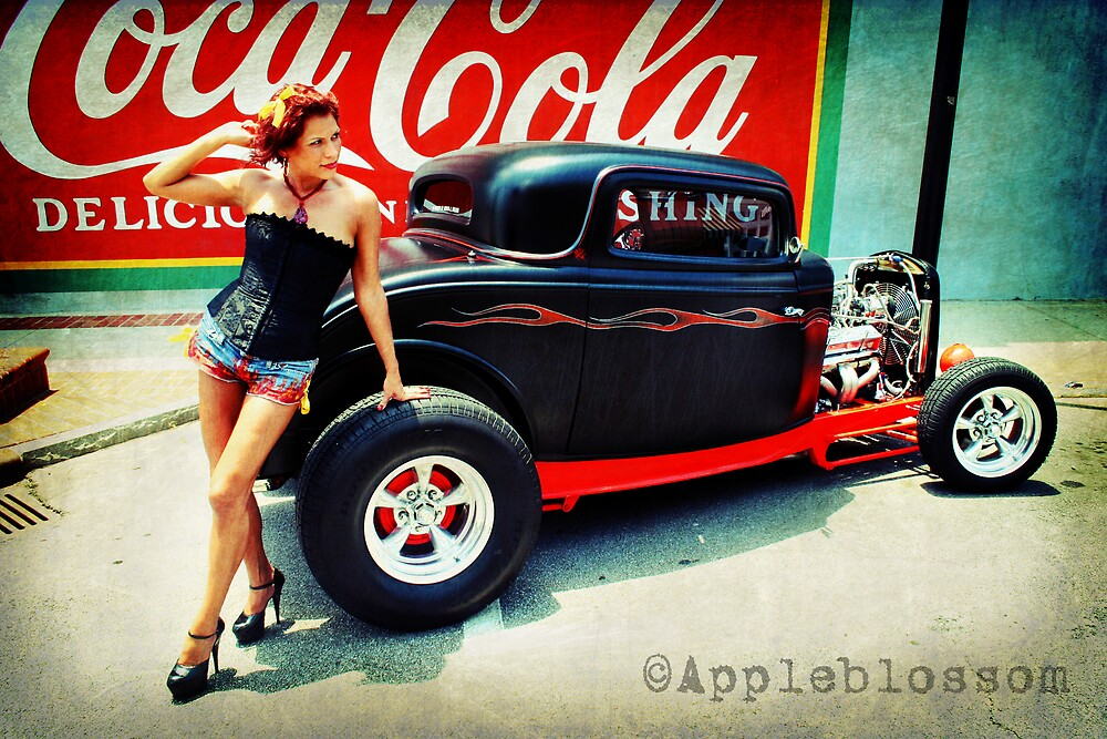 Everybody loves Coke by AppleBlossom