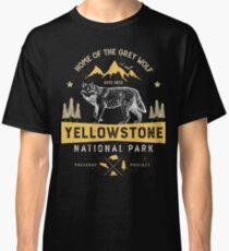 Yellowstone National Park Grey Wolf T shirt - Vintage Classic T-Shirt