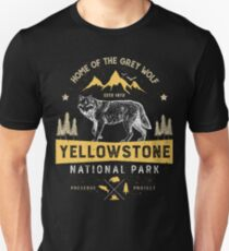 Yellowstone National Park Grey Wolf T shirt - Vintage Unisex T-Shirt