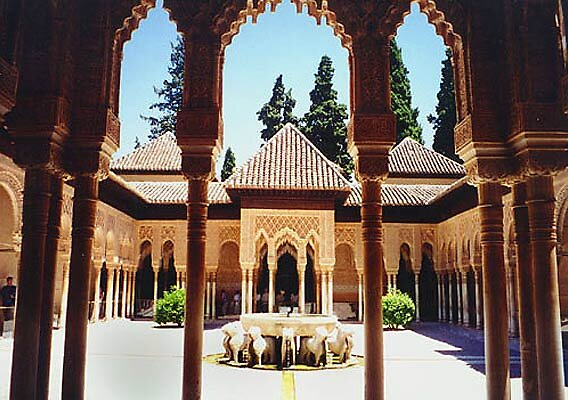 Alhambra palace in Granada, Spain by chord0