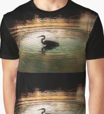 Silhouette of Blue Heron in Rainbow rings Graphic T-Shirt