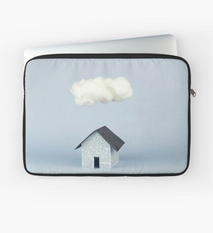 Eine Wolke über dem Haus Laptoptasche