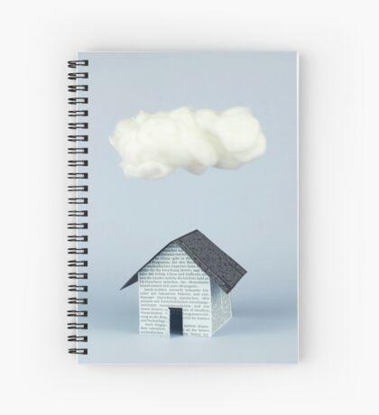 Eine Wolke über dem Haus Spiralblock