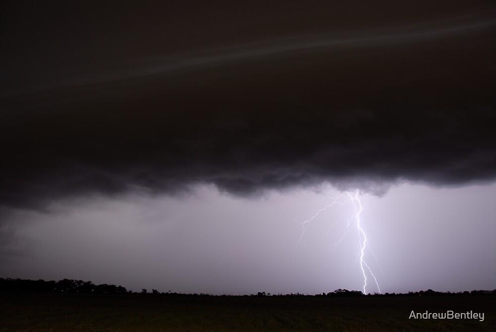 Lightning 023 by AndrewBentley