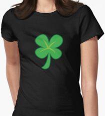 Grüner Kleeshamrock für St Patrick Tag niedlich! Tailliertes T-Shirt für Frauen