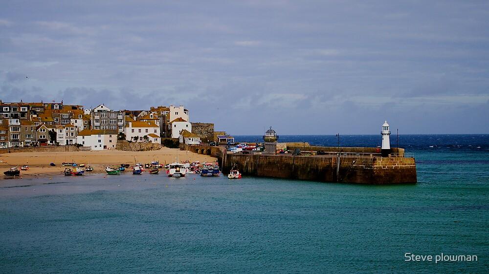St Ives harbour by Steve plowman