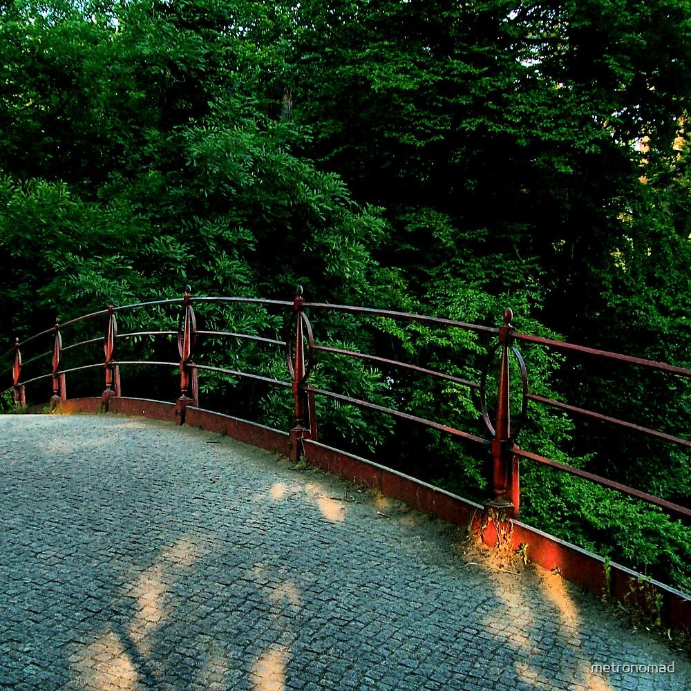 Like a bridge... by metronomad